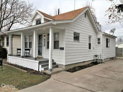 17811 TENNYSON ST, Roseville, MI 48066 - Photo 2