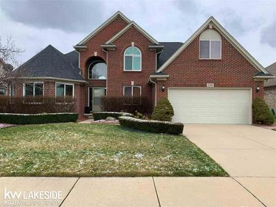 47989 SANDY RIDGE DR, Macomb Twp, MI 48044 - Photo 1