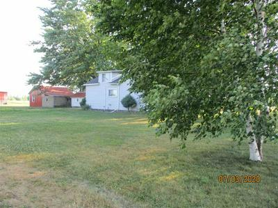 6940 E DECKERVILLE RD, Deford, MI 48729 - Photo 2