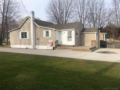 9605 PEARL BEACH BLVD, Clay Twp, MI 48001 - Photo 2