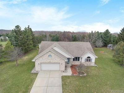 13400 CENTER RD, BATH, MI 48808 - Photo 1