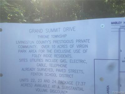 9412 GRAND SUMMIT DRIVE, Fenton, MI 48430 - Photo 2