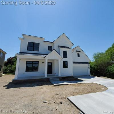 291 W TIENKEN RD, Rochester Hills, MI 48306 - Photo 1