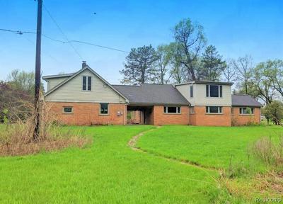 10520 BIGELOW RD, Davisburg, MI 48350 - Photo 2