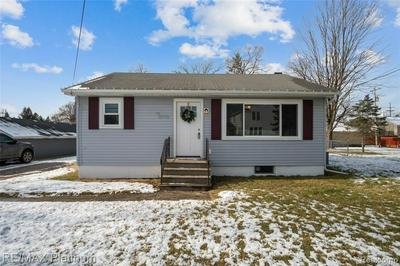 3567 WASHINGTON ST, Hartland, MI 48353 - Photo 2