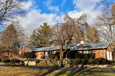 1156 DYEMEADOW LN, Flint, MI 48532 - Photo 2