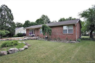 23302 PATTERSON ST, Clinton Township, MI 48036 - Photo 2