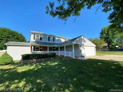 1699 BRENTWOOD DR, Wixom, MI 48393 - Photo 1