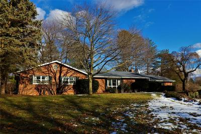 1156 DYEMEADOW LN, Flint, MI 48532 - Photo 1
