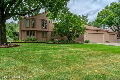 26350 PILLSBURY ST, Farmington Hills, MI 48334 - Photo 1