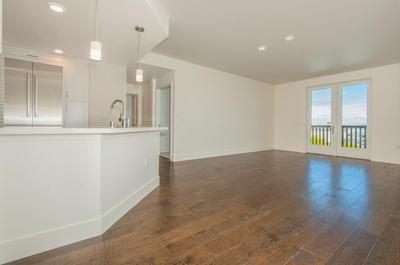 657 WALNUT 421, SAN CARLOS, CA 94070 - Photo 1