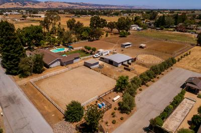 12830 STEVENS CT, San Martin, CA 95046 - Photo 2