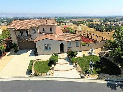 5810 WINGED FOOT DR, GILROY, CA 95020 - Photo 2