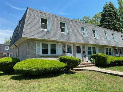 37 ARCADIA AVE, Dedham, MA 02026 - Photo 2
