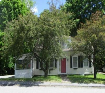 11 SCHOOL ST, Winchendon, MA 01475 - Photo 1