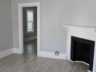 32 WATERS AVE # 1, Everett, MA 02149 - Photo 2