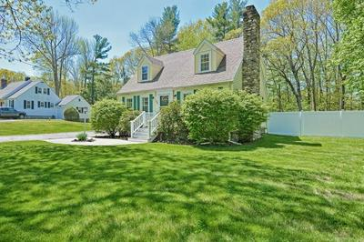 462 PLEASANT ST, Leicester, MA 01524 - Photo 2