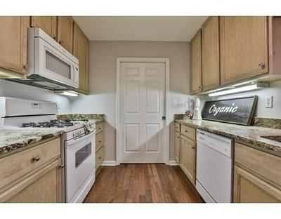 38 VILLAGE RD APT 609, Middleton, MA 01949 - Photo 2
