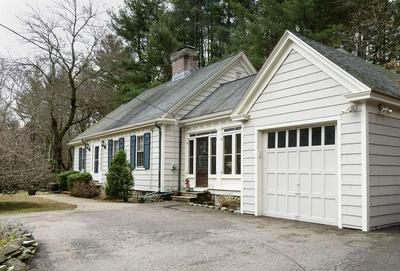 1 ROBIN HOOD LN, FRANKLIN, MA 02038 - Photo 2