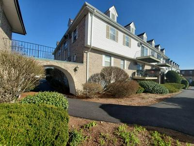 16 WILLIAMSBURG CT UNIT 22, SHREWSBURY, MA 01545 - Photo 1