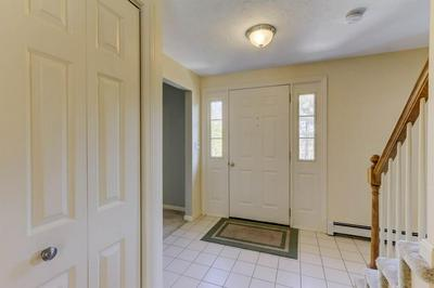 14 DOGWOOD LN, MEDWAY, MA 02053 - Photo 2