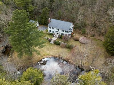 8 OLD STAFFORD RD, Holland, MA 01521 - Photo 2