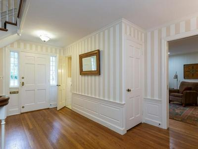 324 FARMINGTON RD, LONGMEADOW, MA 01106 - Photo 2