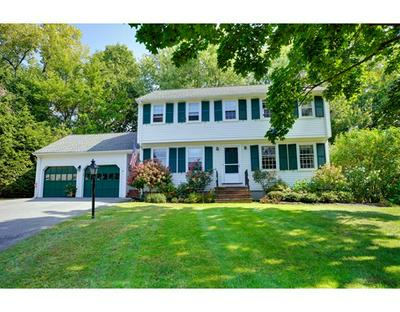 36 HOLLYWOOD RD, Winchester, MA 01890 - Photo 1