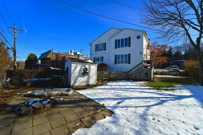 238 HULL ST, HINGHAM, MA 02043 - Photo 2