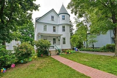 22 MYRTLE AVE, Wakefield, MA 01880 - Photo 1
