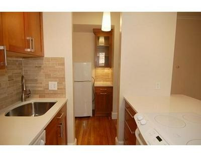 863 MASSACHUSETTS AVE APT 22, Cambridge, MA 02139 - Photo 2
