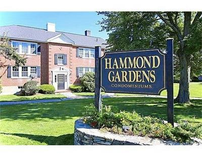 35 HAMMOND POND PKWY APT 2, Newton, MA 02467 - Photo 1