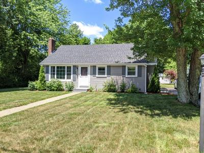 8 SOUTHGATE RD, Franklin, MA 02038 - Photo 1