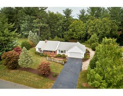 10 HILLSIDE MEADOWS DR, Southampton, MA 01073 - Photo 1