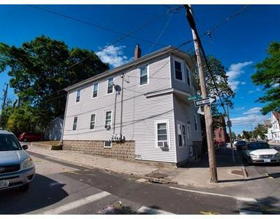 1043 MAIN ST, Pawtucket, RI 02860 - Photo 2