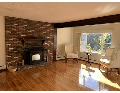 4 BROOKLAWN PKWY, Shrewsbury, MA 01545 - Photo 2