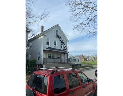 153 PLEASANT ST, New Bedford, MA 02740 - Photo 2