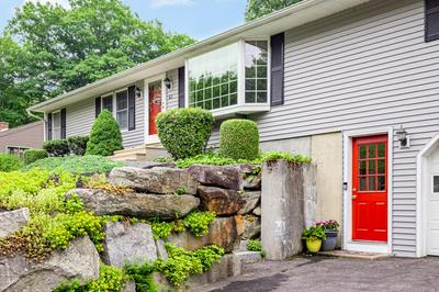 65 RIVER ST, Holden, MA 01520 - Photo 2