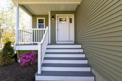 264 SPRING VALLEY DR, East Greenwich, RI 02818 - Photo 2