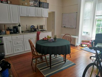18 CLINTON ST # 1A, Cambridge, MA 02139 - Photo 1