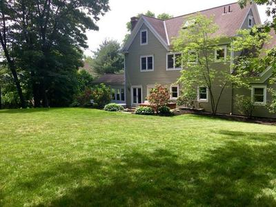 17 LOCKE LN, Lexington, MA 02420 - Photo 2