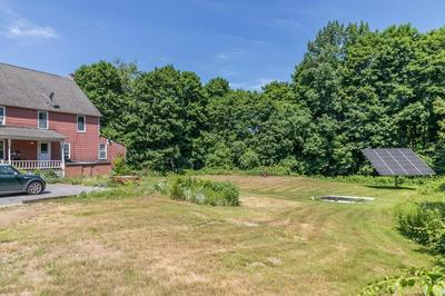 4 GATES TER, Sterling, MA 01564 - Photo 2