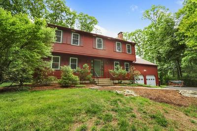2 FISHER TER, Medway, MA 02053 - Photo 2