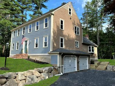 1 CARRIAGE HOUSE DR, Lakeville, MA 02347 - Photo 1