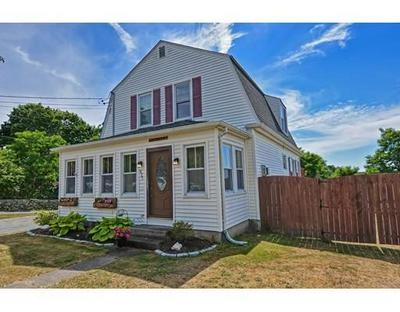 827 MAIN ST, Acushnet, MA 02743 - Photo 2