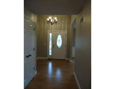 36 VICTORIA DR # 17, Leicester, MA 01542 - Photo 2