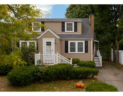27 N EMERSON ST, Wakefield, MA 01880 - Photo 2
