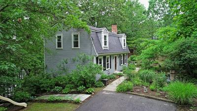 5 HUNTER AVE, Norfolk, MA 02056 - Photo 2