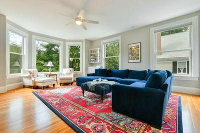 44 GRIGGS TER # 1, Brookline, MA 02446 - Photo 2