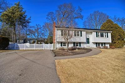 26 MEADOW RD, MEDWAY, MA 02053 - Photo 2